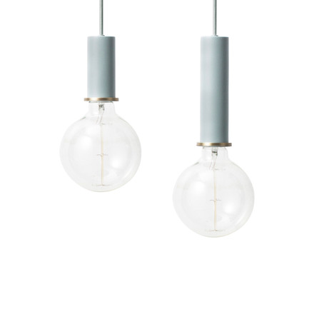 Die ferm Living - Socket Pendelleuchte low und High in hellblau