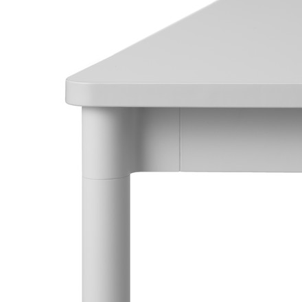 Base Table von Muuto in grau