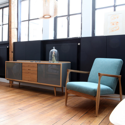 red edition - Fifties Sideboard, grau / Floating Chair Baumwolle Indien