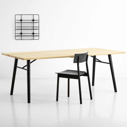Split Dining Table, Pause Dining Chair und Coupé Wandregal