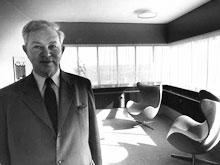Arne Jacobsen im Raum 02